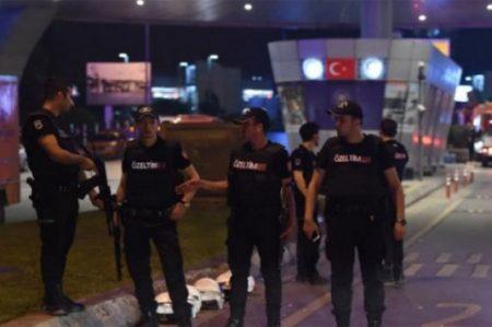 Turquía captura a 22 sospechosos vinculados a atentados en Estambul
