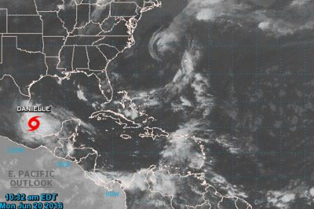 Veracruz activa alerta naranja por tormenta 'Danielle'