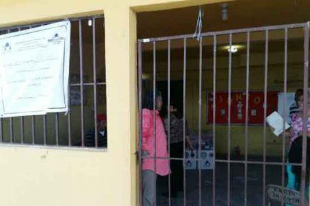 Empieza el conteo de votos en casilla especial de Plaza Periférico