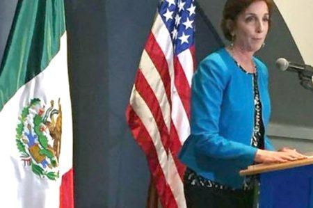 Embajadora de EU en México quiere dar 'el grito' en Twitter