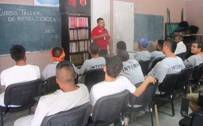Enseñan a internos en Tamaulipas a afrontar la adversidad y las tragedias