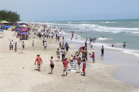 Alistan diversión de verano en playas tamaulipecas