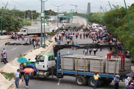 Se cumple un mes de refriega en Nochixtltán
