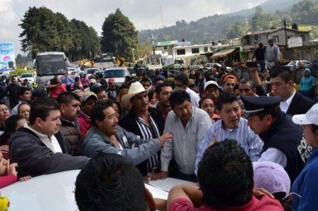 CETEG bloqueó 3 horas la Cuernavaca-Acapulco
