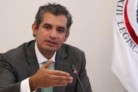 'Liquidan' a Ochoa Reza; es legal, dice