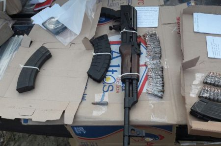 Gendarmería aseguró camioneta con armas de fuego y cargadores en Ciudad Madero