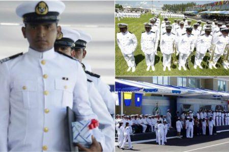 Alumnos de escuelas navales se gradúan; apoyan reforma educativa