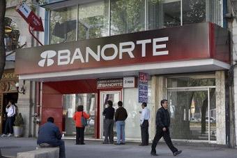 Banorte lanza servicio de cobro a turistas en su propia divisa