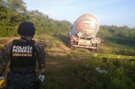 Gendarmería localizó un auto-tanque  en toma clandestina en Altamira
