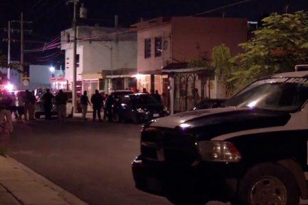 Muere edecán en ataque a bar en Monterrey
