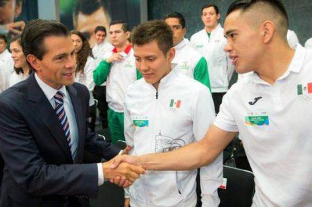 Peña se reúne con atletas olímpicos de Río 2016