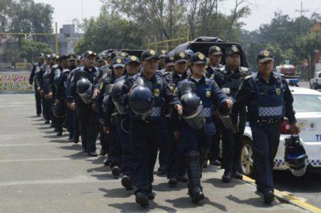 Resguardan estadio Azteca por acto conmemorativo de normalistas