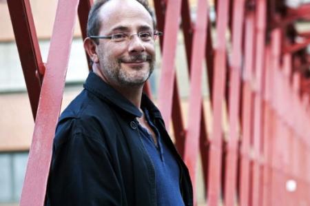 Muere el escritor Ignacio Padilla en accidente automovilístico