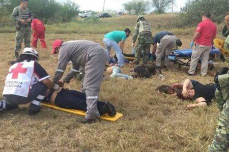 Operarán a mujeres migrantes accidentadas en volcadura