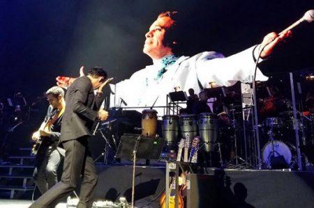Marc Anthony le llora al 'Divo de Juárez'