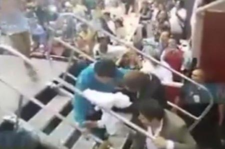 Difunden video de 'Juanga' al borde del desmayo en su último concierto