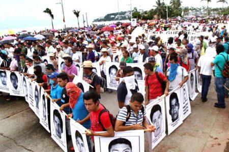Por Iguala, investigan más de mil líneas telefónicas de autoridades
