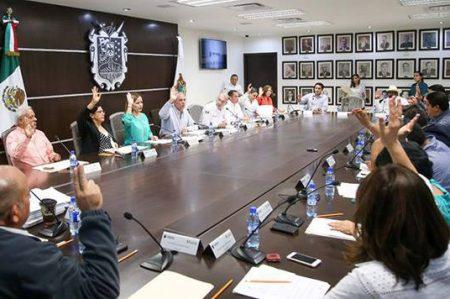 Lista comisión para III informe de Gobierno de Pepe Elías