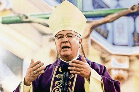 Episcopado urge a aclarar crímenes de sacerdotes