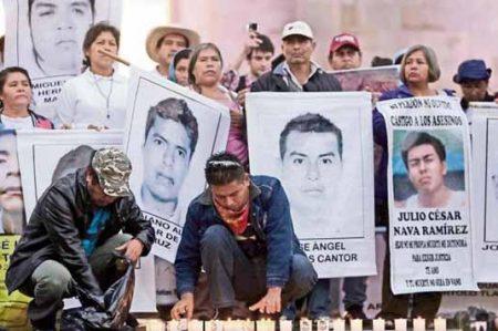 PGR indaga mil números telefónicos en caso Iguala