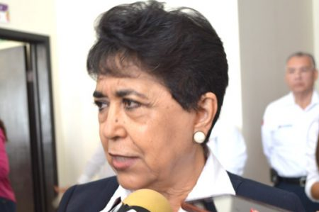 Paramédico de Cruz Roja suspendido por falta grave, dice presidenta.