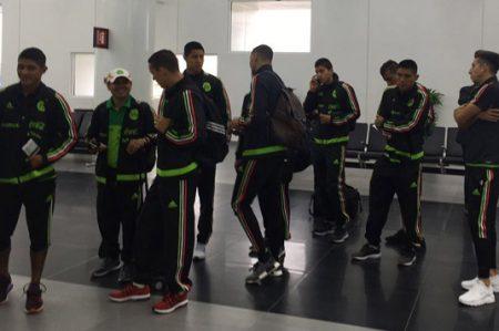 La selección de México reanuda su participación; visita a El Salvador