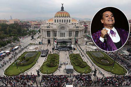 Visitan a Juan Gabriel en Bellas Artes antes de ir a trabajar