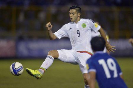 Jiménez, baja del Tri para juego contra Honduras