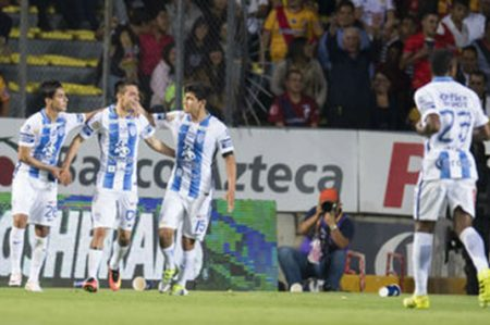 Caen Cruz Azul y Chivas; Tuzos golean