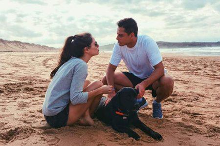 Javier Hernández y su novia tendrían fecha de boda
