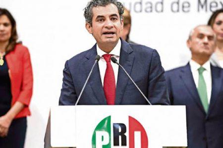 Urge líder del PRI no soltar caso contra Javier Duarte
