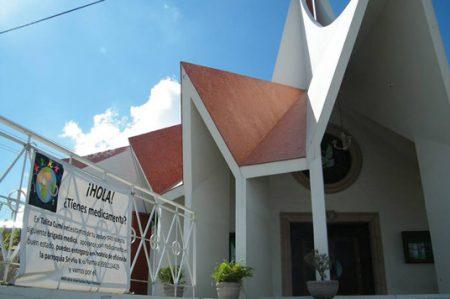 Realiza brigadas médicas grupo asistencial de parroquia San Pio X
