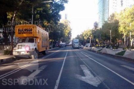 Cierran tramo de Reforma por desfile de Día de Muertos