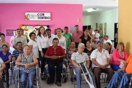 Al pendiente de las personas con necesidades especiales DIF Río Bravo