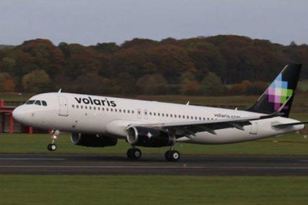 Reino Unido pide aterrizaje de avión de Volaris