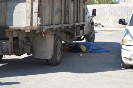 Camión recolector de basura mata a mujer