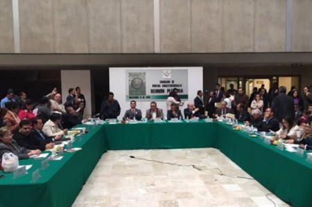 Inicia debate de matrimonios igualitarios en San Lázaro