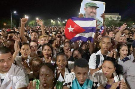 La Habana dice adiós al líder con el grito 'Yo soy Fidel'