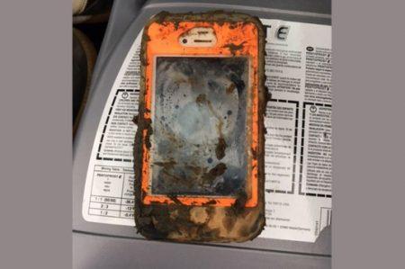 ¡Milagro! iPhone sobrevive después de estar año y medio bajo el agua