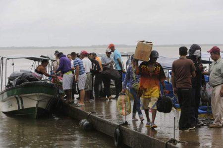 Sismo estremece a Centroamérica tras llegada del huracán 'Otto'