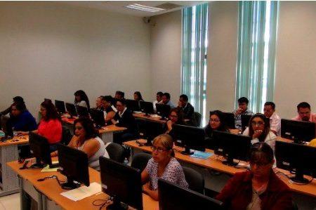 Docentes presentan evaluación de desempeño y concurso de ingreso