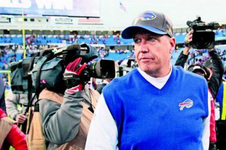 Corren al entrenador de los Bills de Búfalo