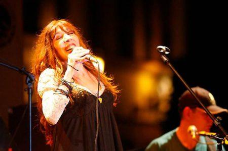 Fallece la cantante Betsy Pecanins