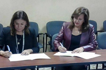 Index y UMAN otorgarán becas a empleados de maquiladoras