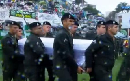 Brasil rinde masivo homenaje a las víctimas del Chapecoense