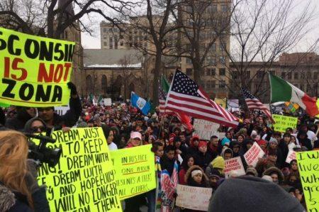 Llaman en EU a hacer día sin inmigrantes