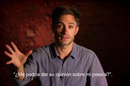 Gael García Bernal encarna a un poeta que huye de la desigualdad