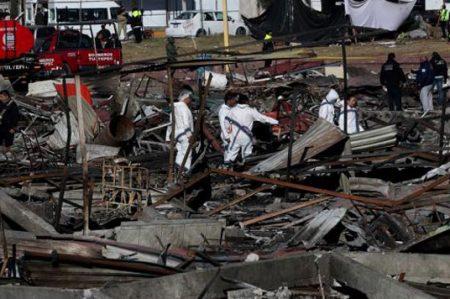 Eruviel Ávila supervisa traslado de heridos de Tultepec a Texas