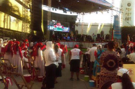 Evangélicos rezan por la paz y las autoridades