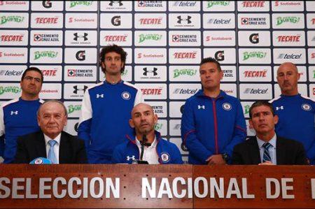 Paco Jémez es presentado con Cruz Azul